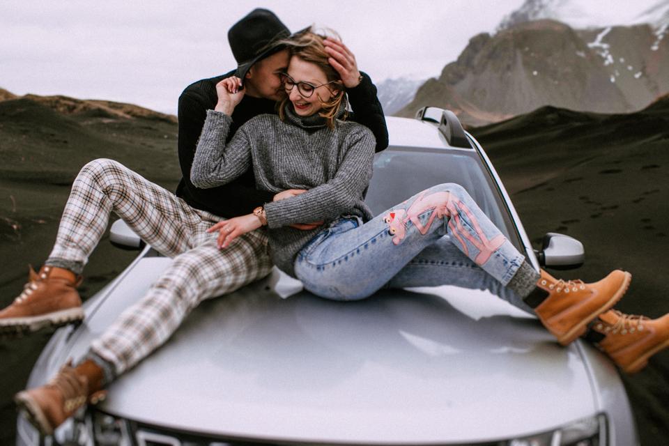 Sesja na Islandii! Najpiękniejsze zdjęcia plenerowe w cudownych okolicznościach!