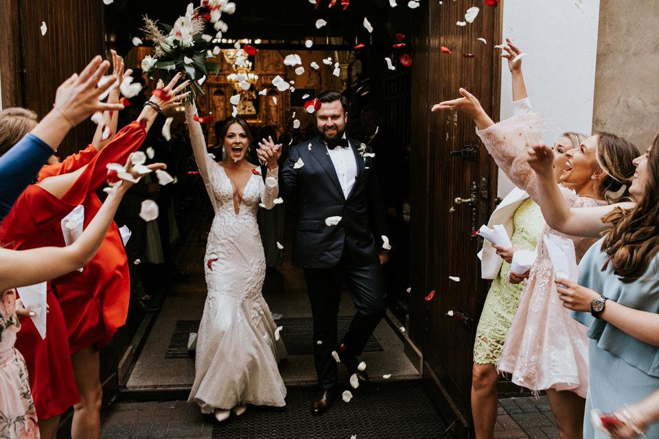 Jak wybrać fotografa ślubnego? | 7 praktycznych porad dla pary młodej