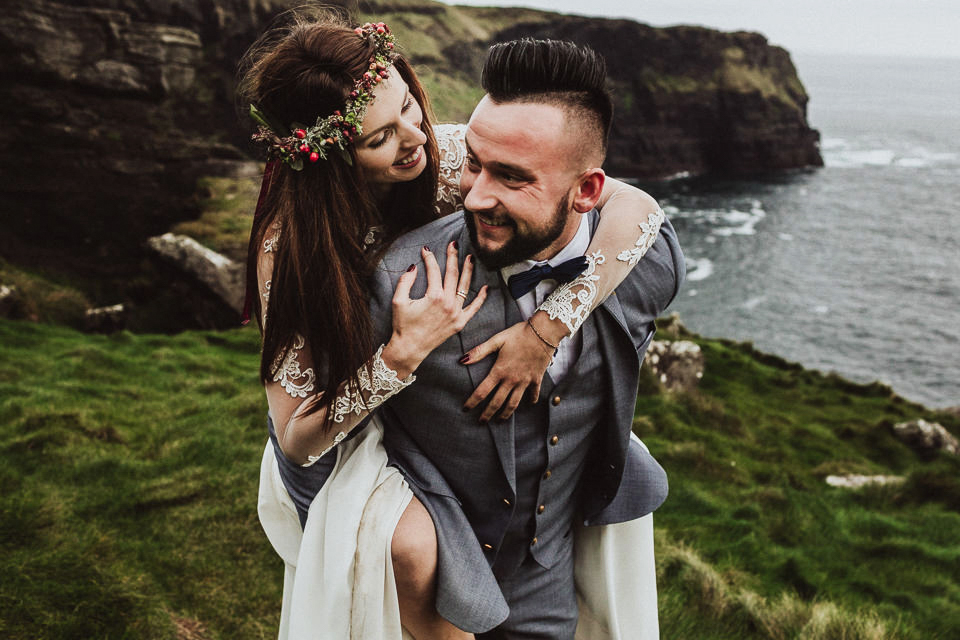 Poruszająca sesja ślubna w Irlandii, Cliffs of Moher | Destination Wedding Photographer, Poland