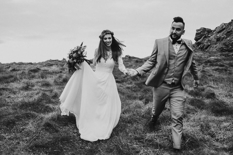 Cliffs-of-Moher-wedding-session-073.jpg