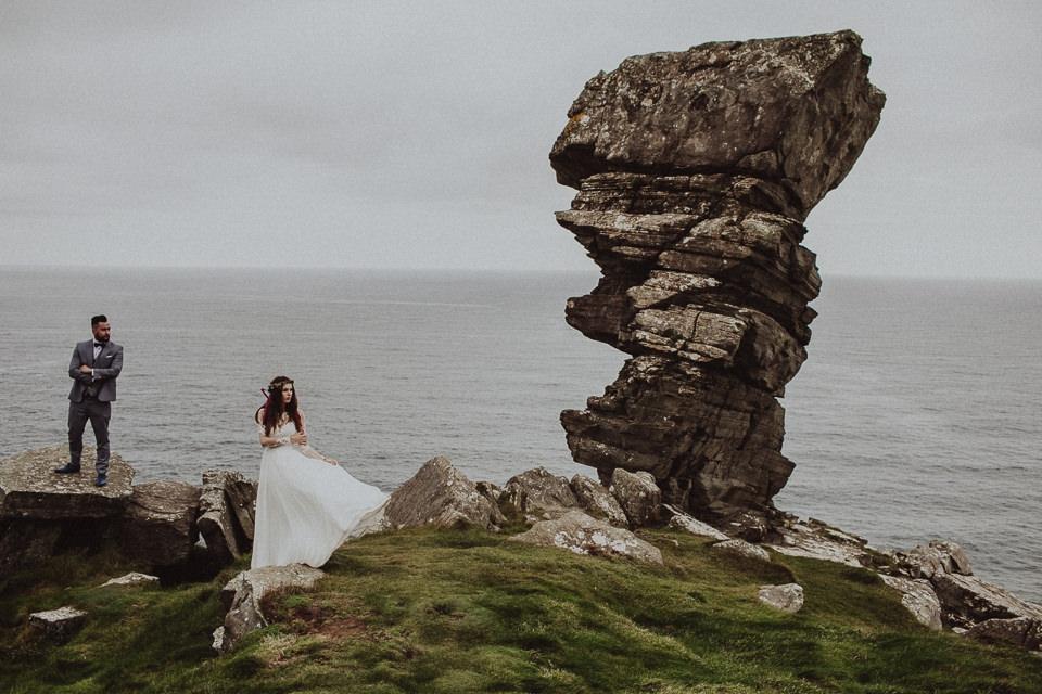 Cliffs-of-Moher-wedding-session-043.jpg