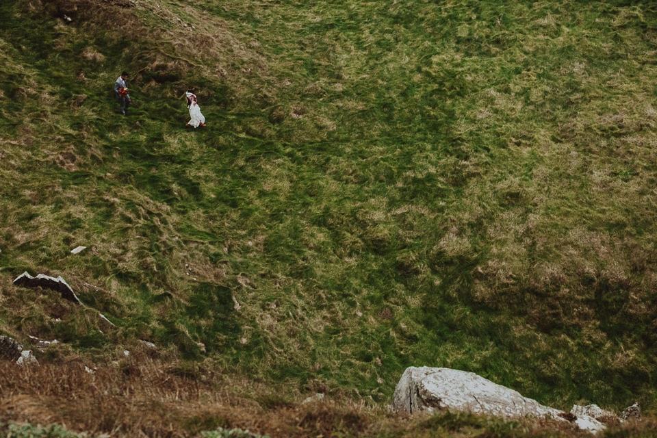 Cliffs-of-Moher-wedding-session-0067.jpg