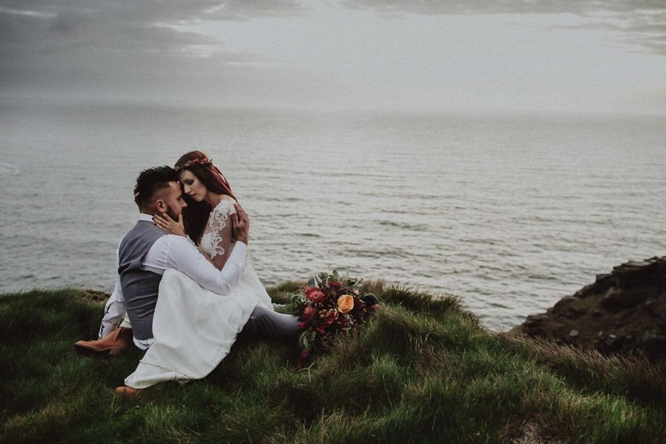 Cliffs-of-Moher-wedding-session-091.jpg