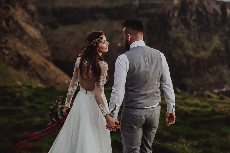 Cliffs-of-Moher-wedding-session-094.jpg