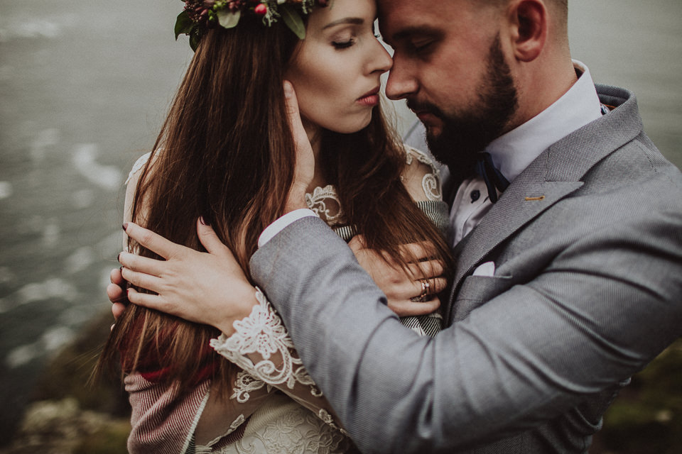 Poruszająca sesja ślubna w Irlandii, Cliffs of Moher | Destination Wedding Photographer, Poland
